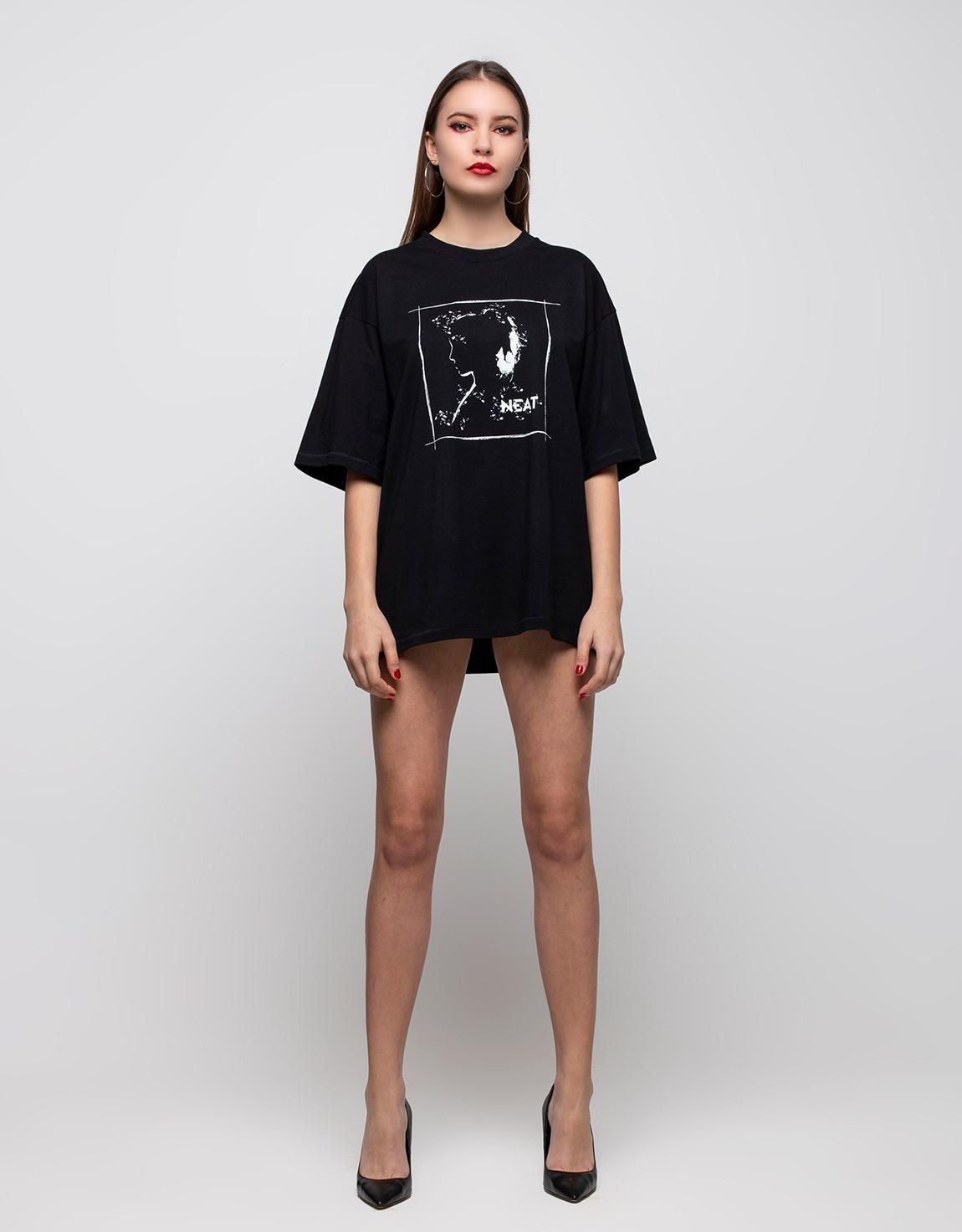 tshirt woman black